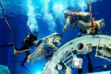 Star quality: a crew trains on a submerged model of the ISS in the giant pool at Star City. Source: RIA Novosti