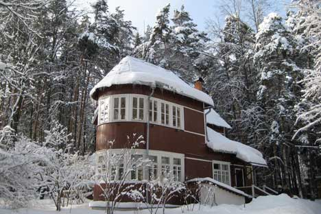 Pasternak's dacha in the snow. All photos by Phoebe Taplin