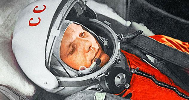 Yuri Gagarin, his wife Valentina and Jawaharlal Nehru during Gagarin's India visit in 1961.   Source: RIA