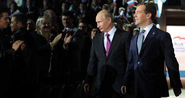 Vladímir Putin y Dmitri Medvédev. Foto de Getty Images/Photobank