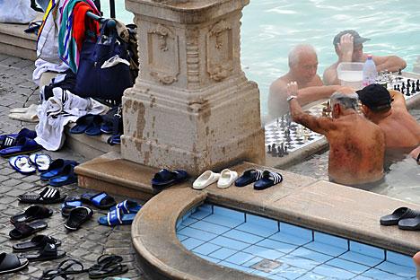 Los jubilados rusos se marchan al extranjero masivamente. Algunos, para pasar el invierno; otros, para siempre. Foto de AFP_EastNews