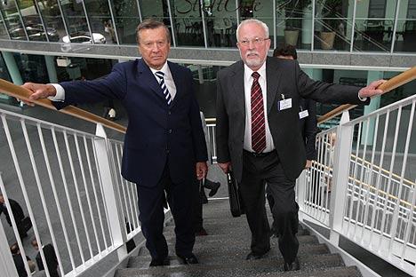 Vize-Premier Viktor Subkow und Premierminister a.D. Lothar de Maiziere. Foto: RIA Novosti