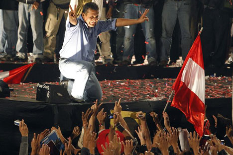 Humala garantiu ser mais parecido, em termos de ideias sobre politica e economia, com o ex-presidente brasileiro Lula do que com Hugo Chávez/Foto:Reuters