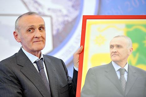 Alexánder Ankvab ganador de la carrera presidencial en Abjazia. Foto de Itar-Tass