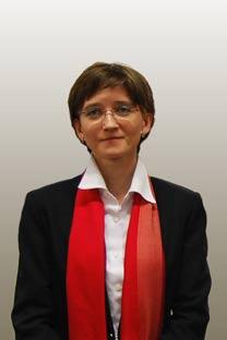 Ilona Yavchunóvskaya, directora del Centro Ruso de Ciencia y Cultura