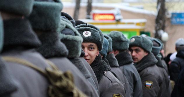 """¿Qué significa """"protestar"""" para los rusos: seguir una moda o defender sus derechos civiles? Según la policía 80.000 personas se manifiestan en Moscú """"Por unas elecciones justas"""". Foto de Kirill Rudenko"""
