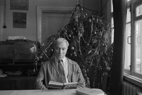 Borís Pasternak en su casa en Peredélkino. Foto divulgación