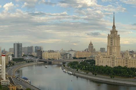 Los rascacielos representaron el orgullo soviético en la ciudad arruinada por la Segunda Guerra Mundial. Foto de Geophoto