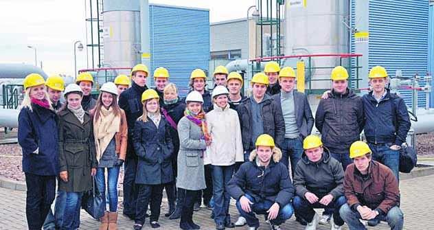 Masterstudenten besuchen den Untergrundgasspeicher in Bernburg. Foto: Alexey Gorbativskiy