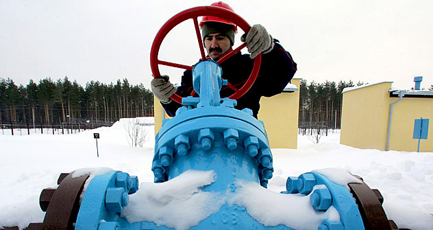 Although Europe's demand for gas has been increased because of the severe cold, Gazprom's leadership can't increase gas supply to Europe. Pictured: A Russian specialist checking valves at Gazprom's gas storage facility. Source: Reuters / Vostock-Phot