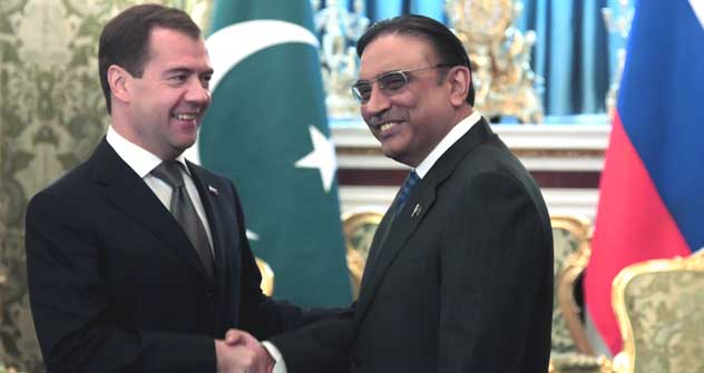 Dmitry Medvedev and Asif Ali Zardari during the meeting in the Kremlin, Moscow, Russia. May 12, 2011.   Source: Itar Tass