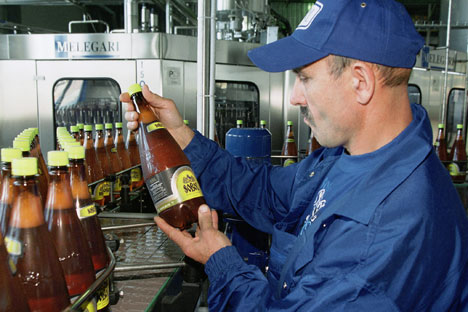 At a small Russian brewery. Photo: ITAR TASS