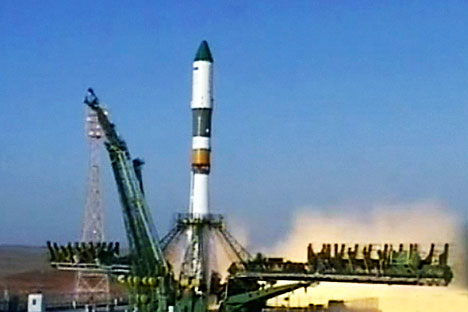 Soyuz rocket booster carrying Progress supply ship is launched from the Baikonur cosmodrome in Kazakhstan, Wednesday, Aug. 24, 2011. Source: Rossiya 24