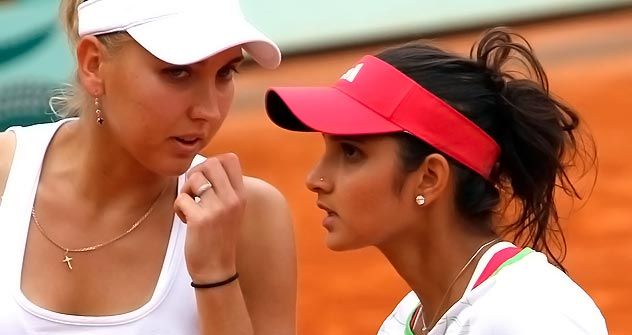 When I had a wrist inujury, Sania helped me regain my confidence: Elena.   Source: AP/Fotolink