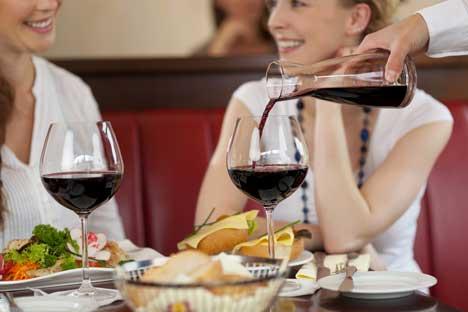 Immer mehr Russen bevorzugen Wein statt stärkerer Spirituosen. Foto: photoxpress