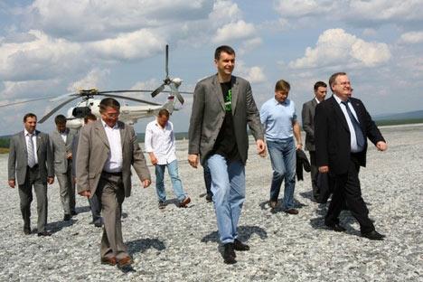 Mijaíl Prójorovse propone conducir el partido Právoye Delo hacia un futuro brillante
