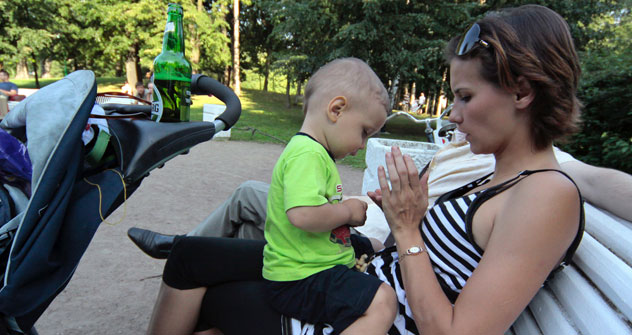 Auch in Russland prägen alleinerziehende Mütter immer häufiger das Straßenbild. Foto: Photoxpress