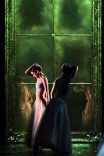 """El ballet """"Preludio"""" expone la interrelación entre la danza clásica y la contemporánea. Fotos de Ria Novosti e Itar-Tass"""
