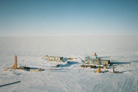 Die Forschungsstation Wostok im Wilkesland in der Ostantarktis. Foto: NOAA
