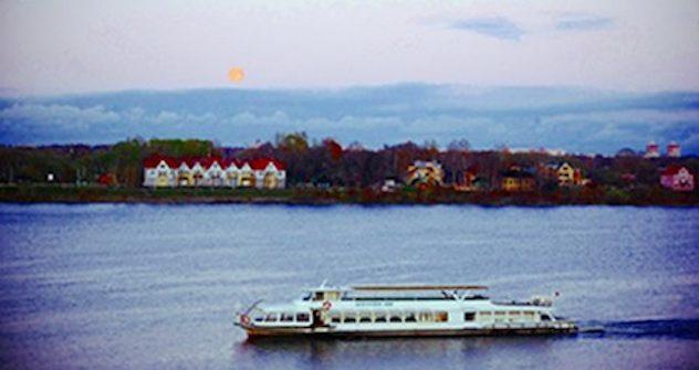 Mit einem Schiff durch die Wolga. Foto: Eunix/Evgeny Pavlov