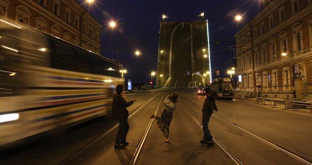 """""""Monumentale Erektion in Sankt Petersburg."""" Foto: plucer.livejournal.com"""
