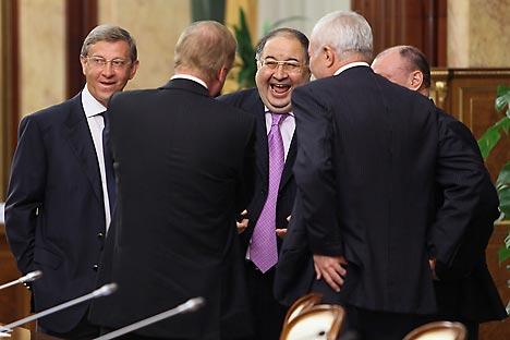 Left to right: Vladimir Yevtushenkov, President of AFK Sistema; Anatoly Chubais, Head of Rosnano; Alisher Usmanov, Head of  Gazprominvestholding; Viktor Rashnikov, Head of Magnitogorsk Metallurgical Enterprise; Vladimir Potanin, President of