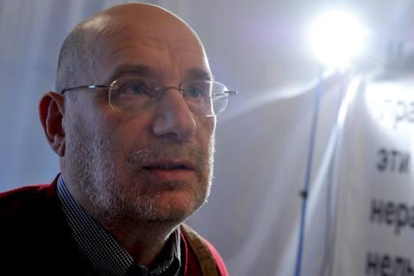 人々に崇拝される作家、ボリス・アクーニン=ロシア通信撮影