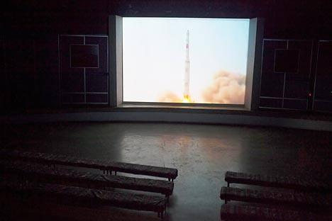 北朝鮮は故金日成主席の生誕100周年に合わせ、人工衛星を打ち上げる予定であると発表した=AP撮影