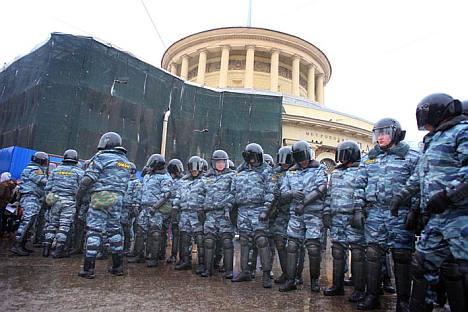 モスクワのデモは比較的平穏であったが、複数のメディア機関によると、サンクトペテルブルクの集会は地元の公安部隊に鎮圧されたという。写真提供:リカルド・マルクイナ・モンタニャーナ
