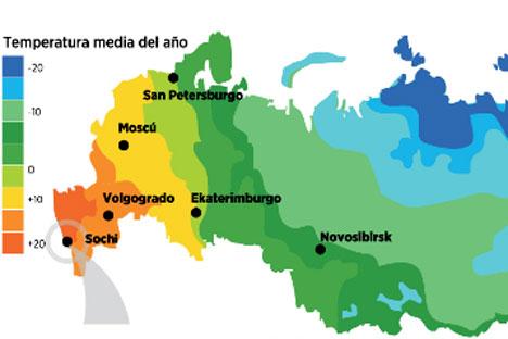 La ciudad de Sochi se extiende a lo largo de casi 150 kilómetros por toda la costa noreste del Mar Negro. Este centro vacacional de clima subtropical se hizo famoso en la década de 1930, cuando Stalin mandó construir su dacha y la proclamó ciudad bal