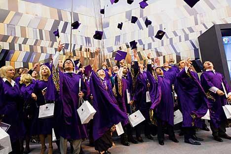 Graduados MBA de la Universidad de Skólkovo celebran su gran día