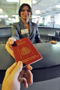 """Espécie de """"passaporte interno"""", registro atrapalha a vida e a carreira de muitos russos/Foto: ITAR-TASS"""