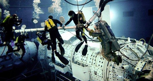 L'addestramento dei cosmonauti su una navicella spaziale. Foto: Photoxpress