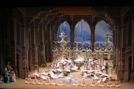 Corsair jardin© photo by Damir Yusupov-Bolshoi Ballet