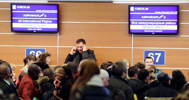 Passagiere sitzen an Moskauer Flughäfen fest. Foto: Itar-Tass