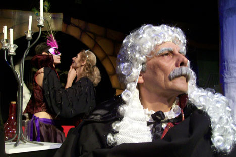 El actor Franco Salatino en el papel del viejo Svetlovídov. Foto gentileza de Franco Salatino