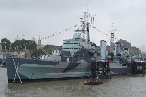 HMS Belfast reveals her new masts