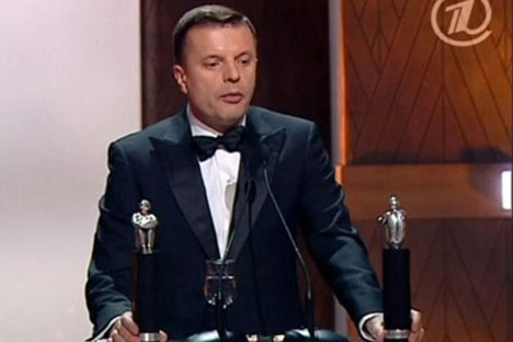 A screen grab from Channel One of Parfyonov accepting theListyev prize