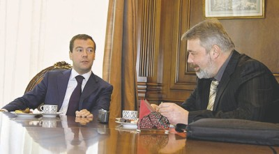 "Medvedev told ""Novaya Gazeta"" editor Dmitry Muratov why he chose to be interviewed by his newspaper: ""You have never licked anyone's anything."" He agreed these remarks could be made public."