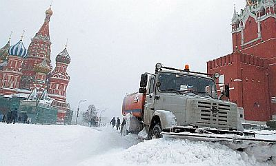 This year's snowfalls started in Moscow rather late – in earlyDecember. The winter turned out to be the coldest for the last25 years and one of the heaviest snowfalls