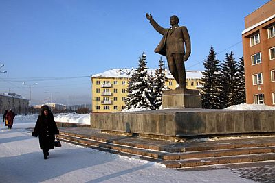 Despite changing times, Lenin still towers over the centralsquare of Zelenogorsk