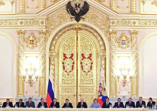 Russia's President Vladimir Putin (centre right) and Prime Minister Dmitry Medvedev (centre left) attend the State Council's meeting in the Kremlin on July 17, 2012. Source: RIA Novosti / Ekaterina Shtukina