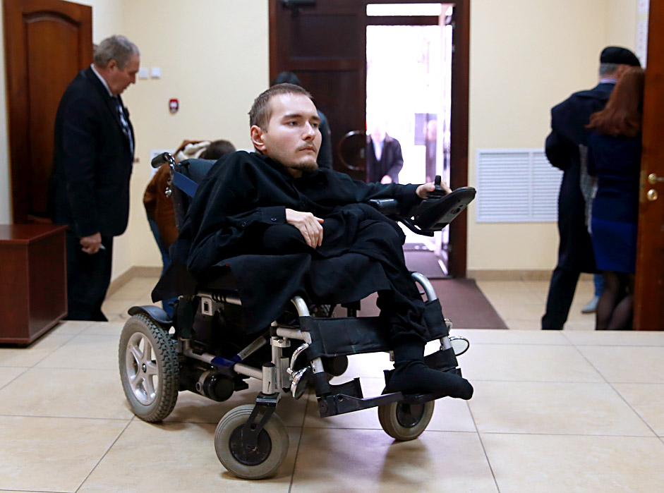 Russia's computer scientist Valery Spiridonov, suffering from Werdnig Hoffman's disease, volunteers for the world's first head-to-body transplant. The operation with a cost more than $ 11 millions, will be performed by Italian surgeon Dr Sergio Canavero and is set for 2017. Vladimir Smirnov/TASS