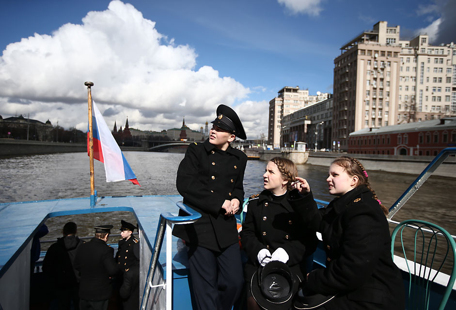 Cadets on a pleasure boat on the Moskva River in central Moscow. Stanislav Krasilnikov/TASS
