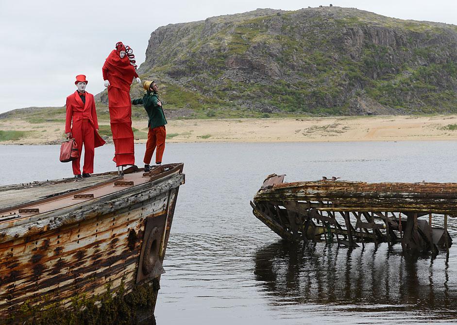 """На първия Арктически фестивал """"Териберка. Нов живот"""" в селото Териберка. Фестивалът се провежда за привличане на внимание към живота на отдалечените региони."""