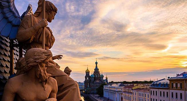 Rusija za vse okuse. Oglejte si naš koledar in obiščite Rusijo v kateremkoli mesecu. Vir: Anton Malkov