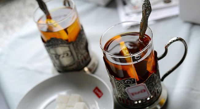 Tea in 'podstakannik' cup holder: Russian train travel tradition. Photo credit: Lori/Legion-Media