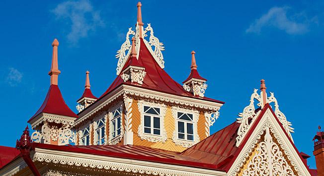 Rumah dengan Burung Api, simbol arsitektur kayu Tomsk.