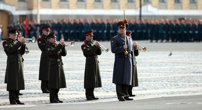 Priprave na parado ob dnevu zmage v Rusiji.