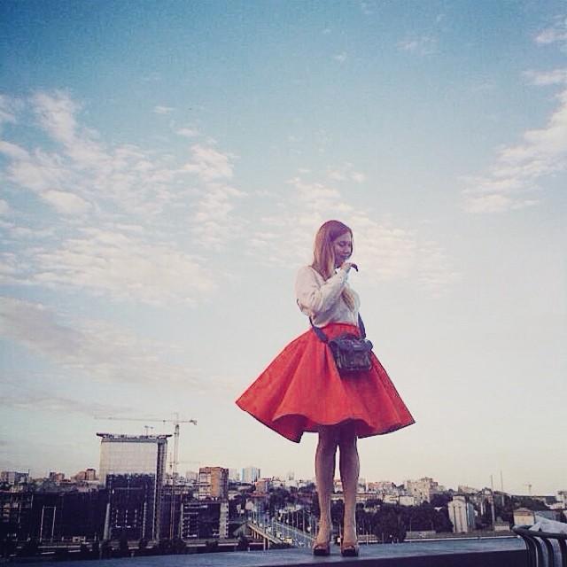 Mardi. Les plus belles femmes du pays se tournent vers le Sud. La ville de Rostov-sur-le-Don, cette magnifique destination touristique, sur la mer d'Azov, est considérée comme la capitale des beautés russes.